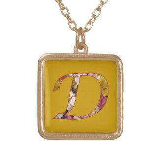 Blumenmuster-Initialen-Halskette des Monogramm-D Halskette Mit Quadratischem Anhänger