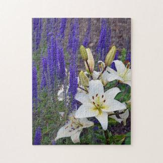 Blumenpuzzlespiel der weißen Lilie Puzzle
