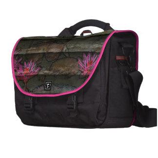 Blumensteinnatur der braunen grauen rosa laptoptaschen