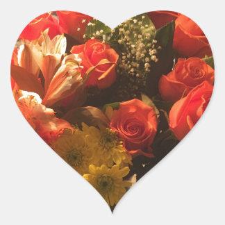 Blumenstrauß der Blumen Herz-Aufkleber