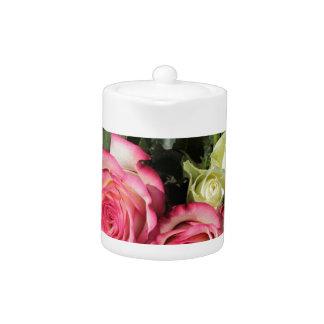 Blumenstrauß Rosen-rosa Rosen-des weißen