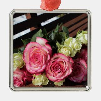 Blumenstrauß Rosen-rosa Rosen-des weißen Silbernes Ornament
