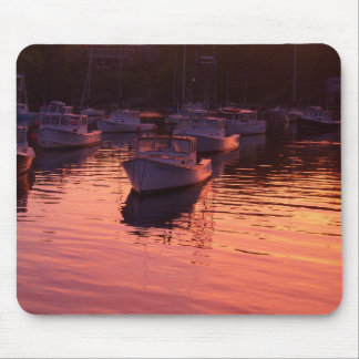 Boatyard am Sonnenuntergang Mousepad