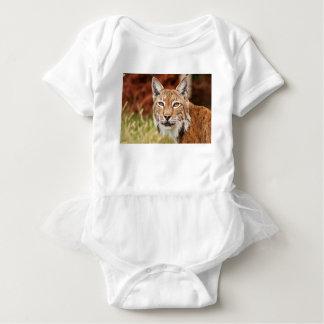 Bobcat herauf nahes baby strampler