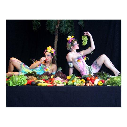 Bodypainting Lebendbuffet - bodyart living buffet Postkarte