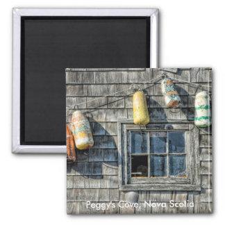 Bojen auf einer Wand, Peggy Bucht, Neuschottland. Quadratischer Magnet