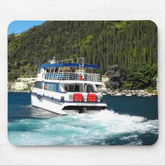 Boot, das Maderno auf See Garda verlässt Mousepad
