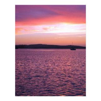 Boote auf dem Ozean am Sonnenuntergang Flyerbedruckung