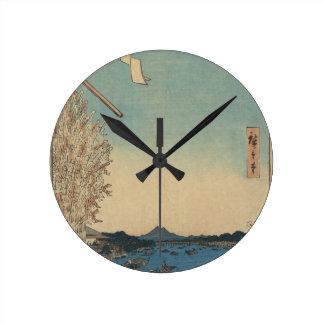 Boote bei Ryōgoku mit Blick auf Asakusa Runde Wanduhr