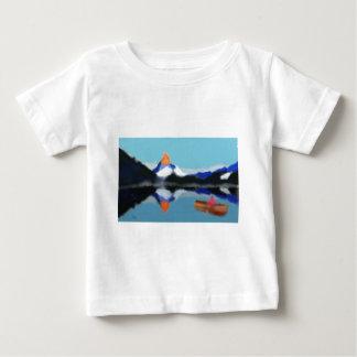 Bootfahrt durch Gebirgskunst Baby T-shirt