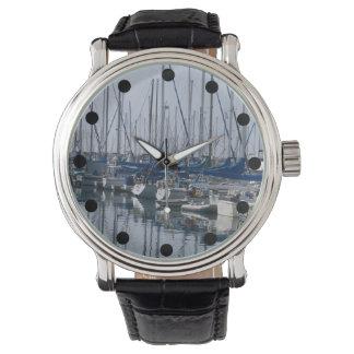 Boots-Becken-Uhr Armbanduhr