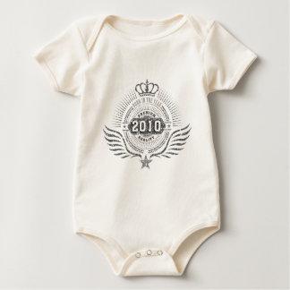 born in 2010, born in 2011 baby strampler