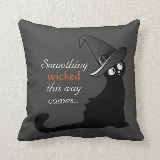 Boshafte schwarze Katze - Kissen