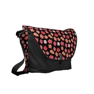 Bote-Tasche des Blumen-Power-Medium-null Kuriertasche