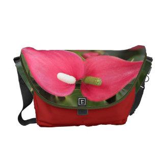 Bote-Tasche - rote Blütenschweif-Zwillinge Kurier Taschen