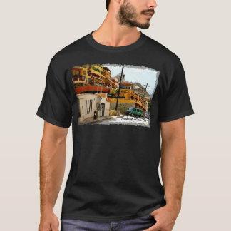 Boulevard-Jachthafen-grundlegender dunkler T - T-Shirt