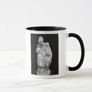 Boulonnaise Frau, die ihr Kind füttert Tasse