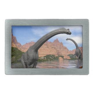 Brachiosaurusdinosaurier im Wasser - 3D übertragen Rechteckige Gürtelschnalle