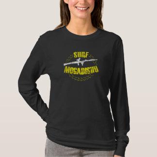 Brandungs-Mogadischu Vintager Grunge-Schablone-T - T-Shirt