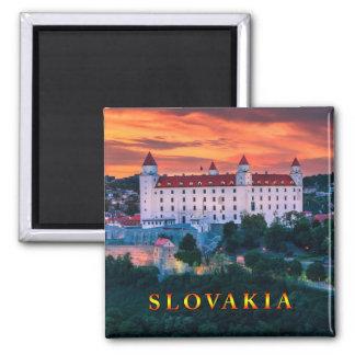 Bratislava 001M Quadratischer Magnet