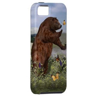 Braunbär auf einem Gebiet Etui Fürs iPhone 5