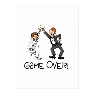 Braut-und Bräutigam-Spiel über Hochzeit Postkarte