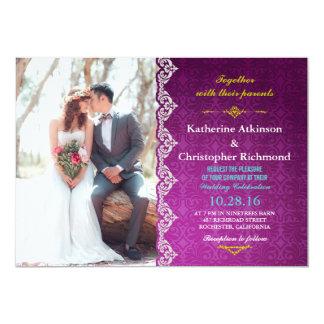 Brautblumenstrauß-rote Blumen/lila Vintages Karte