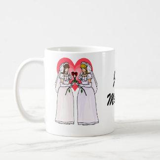 Bräute mit Rosen in der Liebe Kaffeetasse