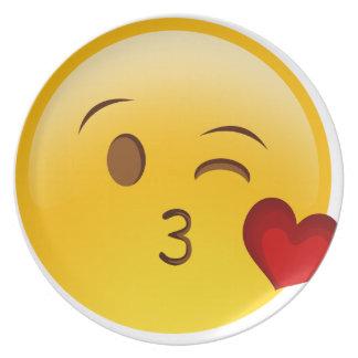 Brennen Sie einen Kuss emoji Aufkleber durch Flache Teller