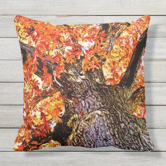 Brennende Eiche Kissen