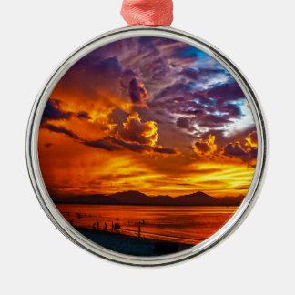 Brennender Himmel Silbernes Ornament