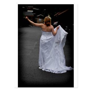 BrideHitchhike091810Ver Postkarte