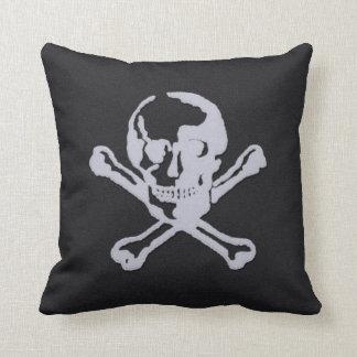 Briefbeschwerer-Art-Piratenflagge Weich-schwarz Kissen