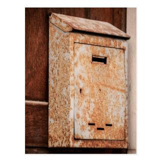 Briefkasten rostig draußen postkarte