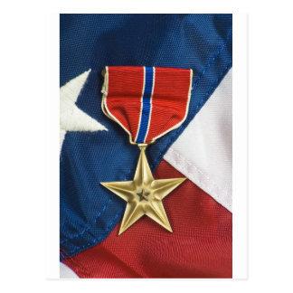 Bronzestern auf amerikanischer Flagge Postkarten