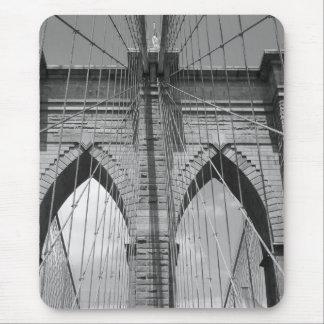 Brooklyn Brdige - B&W Mousepad
