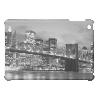 Brooklyn-Brücke und Manhattan-Skyline nachts iPad Mini Hülle