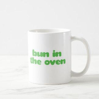 Brötchen im Ofen - Grün Kaffeetasse