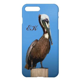 Brown-Pelikan, der auf einem Posten, Monogramm iPhone 8 Plus/7 Plus Hülle