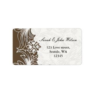 Brown und weiße Blumenfrühlings-Hochzeit Adressaufkleber