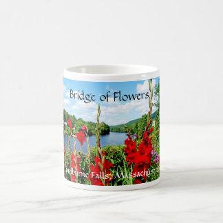 Brücke der Blumen, Shelburne Fälle, MA Kaffeetasse