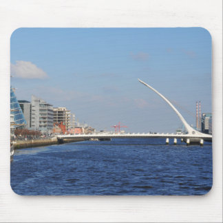 Brücke in Dublin Mauspad