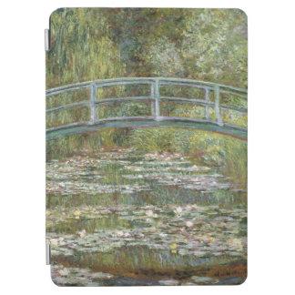 Brücke über einem Teich der Wasser-Lilien durch iPad Air Cover