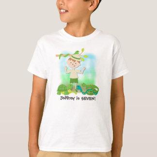 Brünetter Jungen-Safari-Geburtstag T-Shirt