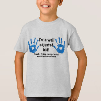 Brunnen justiertes Kind mit Handprints T-Shirt