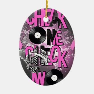 Brustkrebs-Bewusstsein Ovales Keramik Ornament