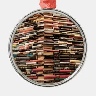 Bücher Rundes Silberfarbenes Ornament