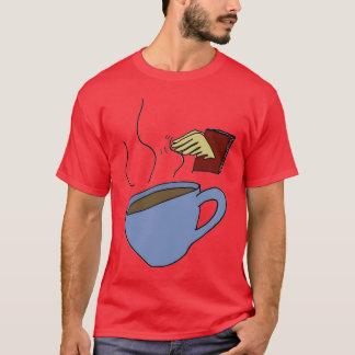 Bücher und Kaffee T-Shirt