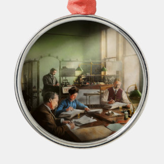 Buchhalter - die Buchhaltungsabteilung 1902 Rundes Silberfarbenes Ornament