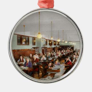 Buchhalter - Workaholic 1923 Rundes Silberfarbenes Ornament